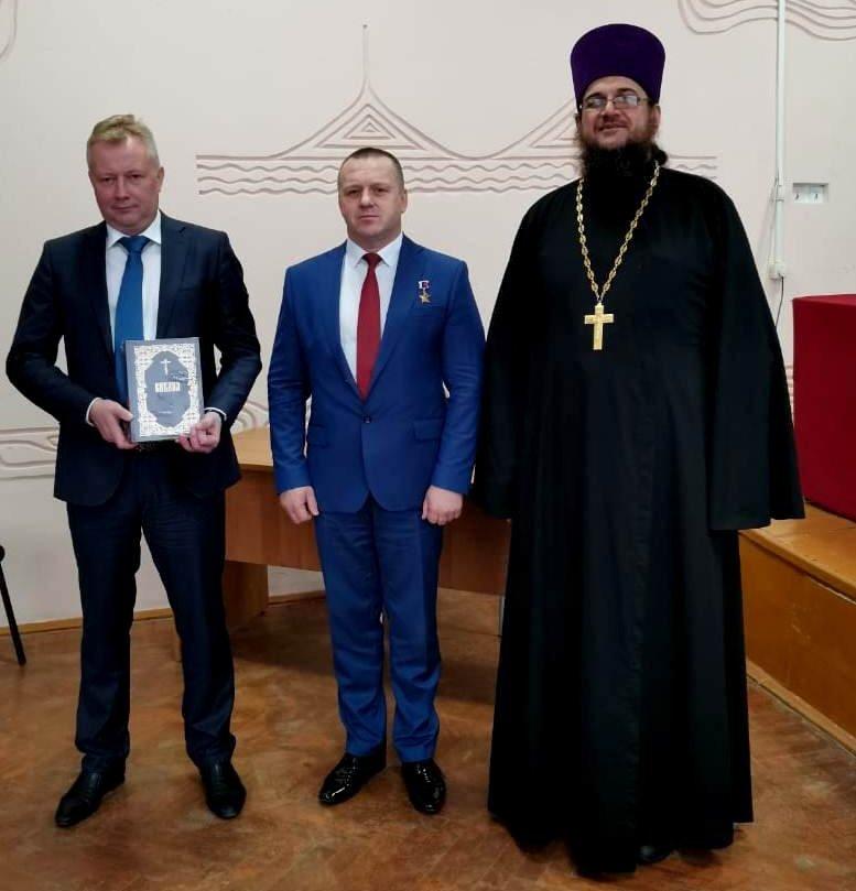 П.Бархатов, О.Хмелёв, отец Димитрий