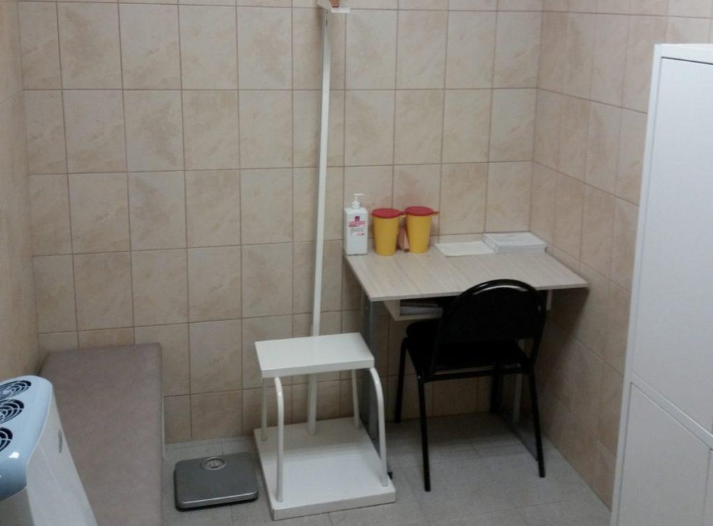 Медикам тверского СИЗО-1 к профессиональному празднику подарили новый медицинский кабинет