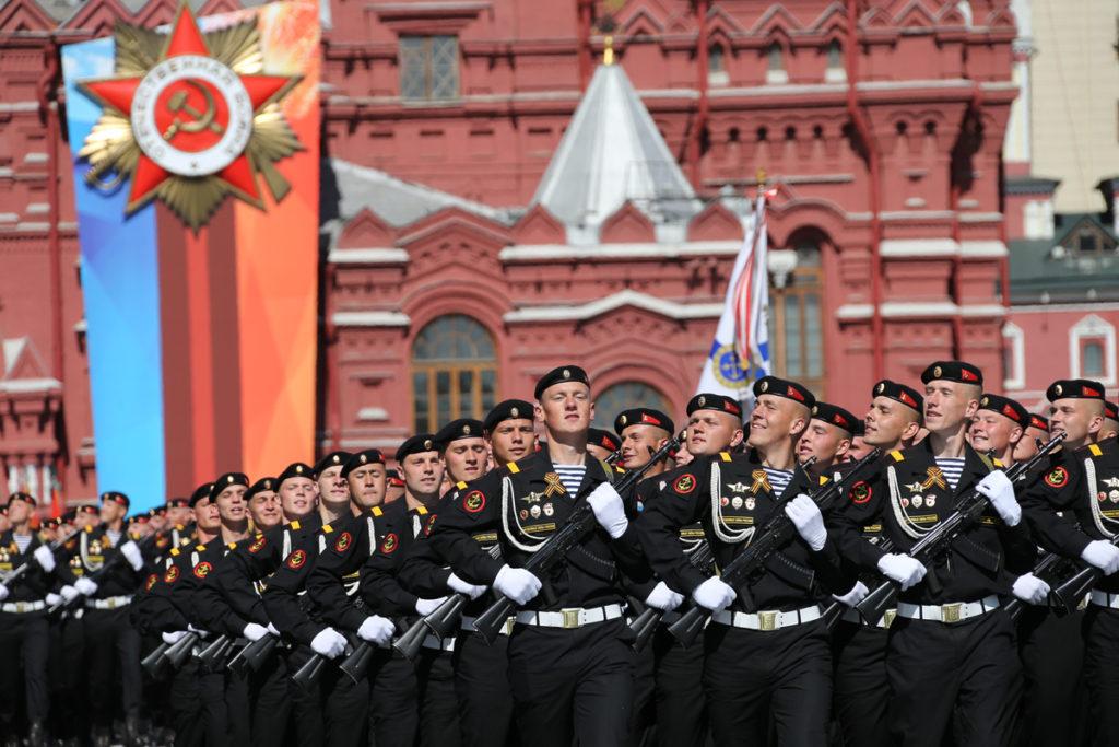 Владимир Путин назвал даты проведения Парада Победы и марша «Бессмертного полка»