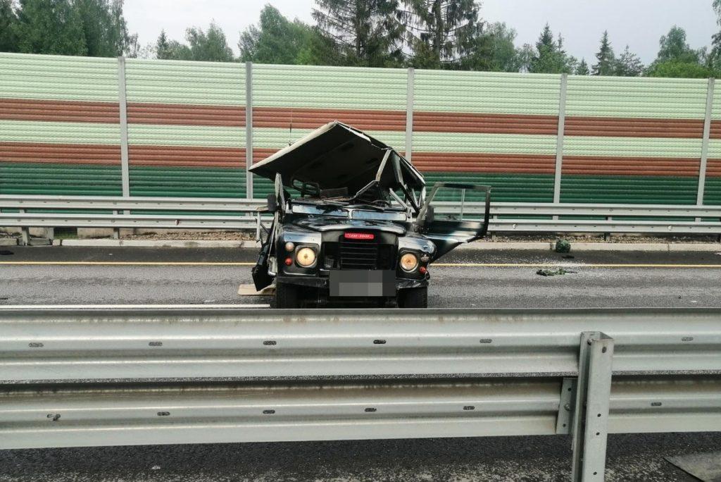 На трассе в Тверской области в ДТП погиб водитель «Ленд Ровера»