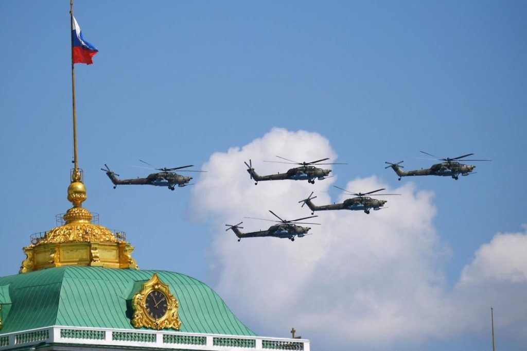 В Параде Победы в Москве участвовали представители Тверской области