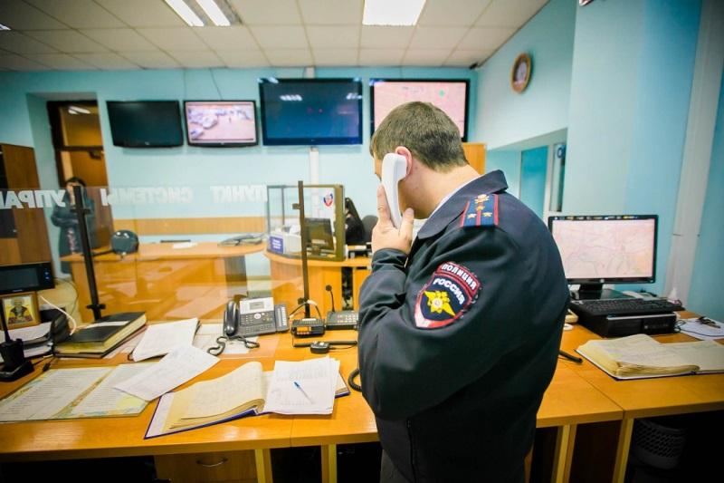 В Твери задержали грабителя, который вдобавок ездил по тротуару на машине