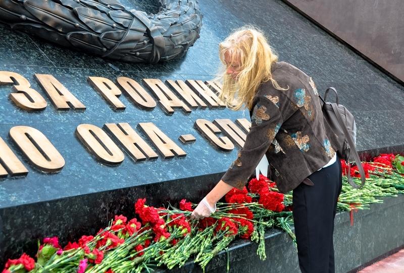 Ржевский мемориал Советскому солдату уже посетили порядка 12 тысяч человек