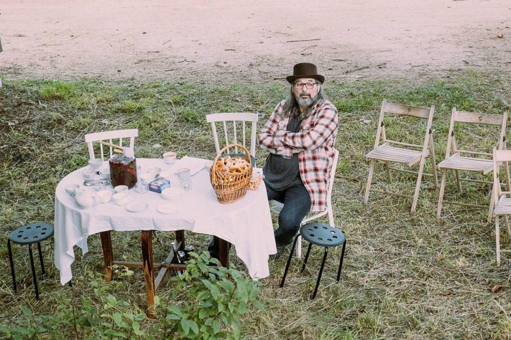 В Тверской области устроили «чаепитие в руинах»