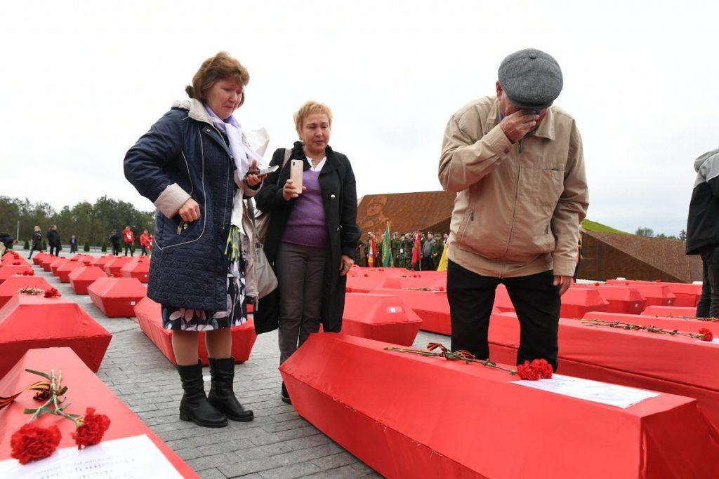 Экспедиция «Ржев. Калининский фронт» завершилась церемонией перезахоронения останков красноармейцев