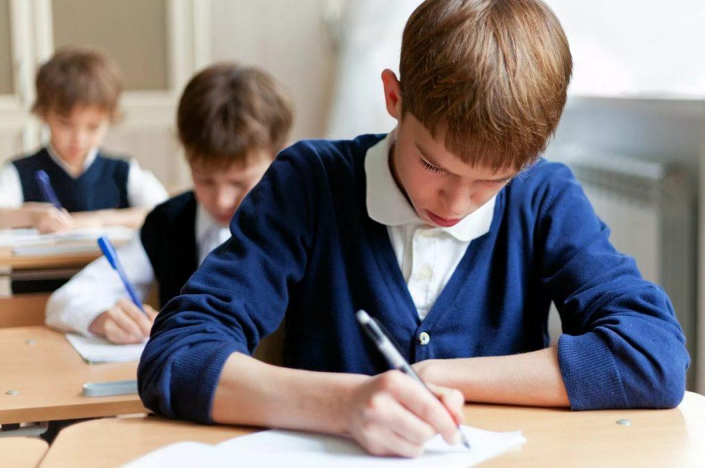 В школах Тверской области проходят всероссийские проверочные работы