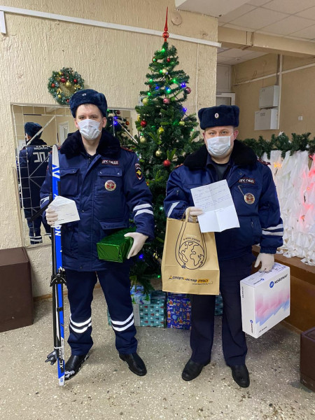 В Тверской области стражи порядка присоединились к благотворительной акции