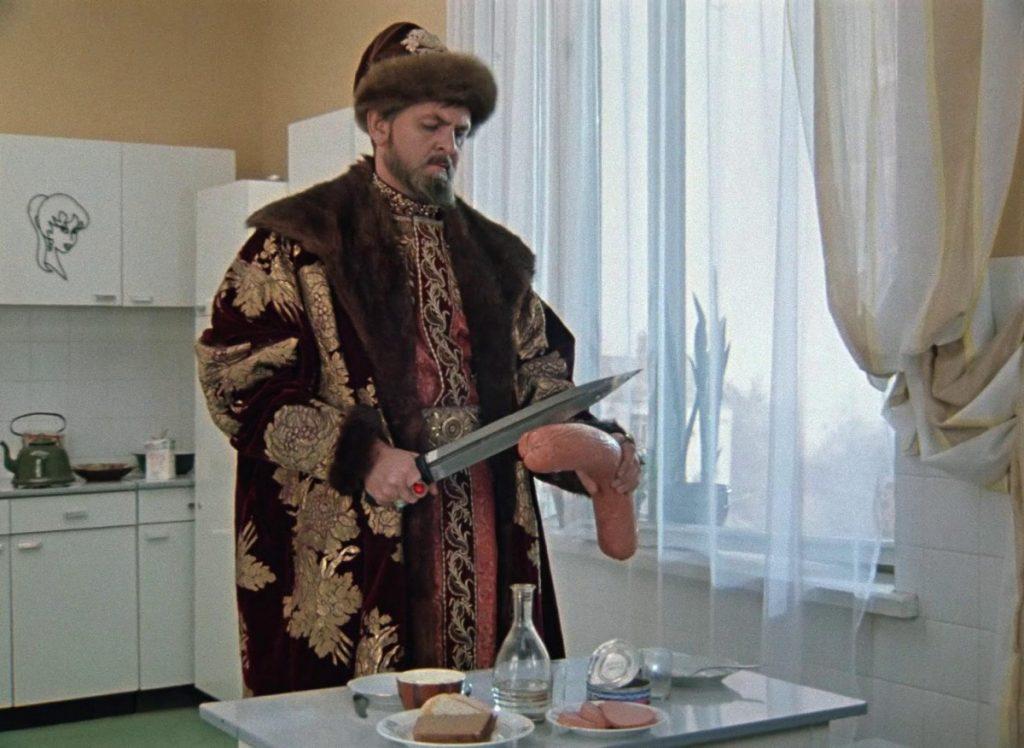 Какие продукты предпочитают видеть жители Тверской области на новогоднем столе?
