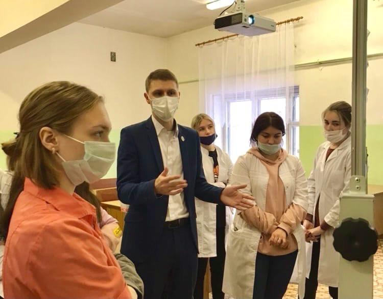 «Урок главного врача» провели для студентов вышневолоцкого медколледжа