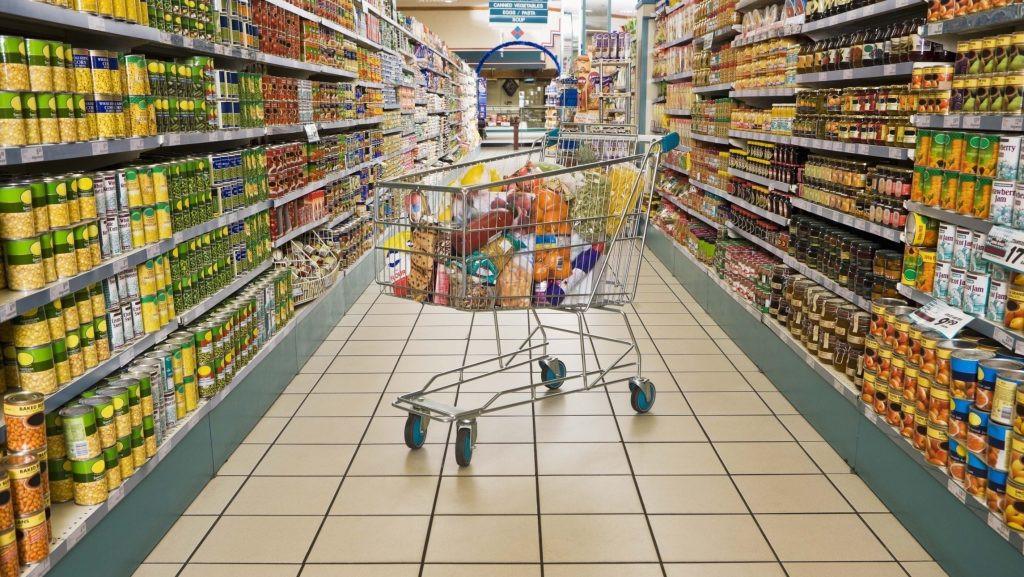 Как не заразиться коронавирусом в торговых центрах?