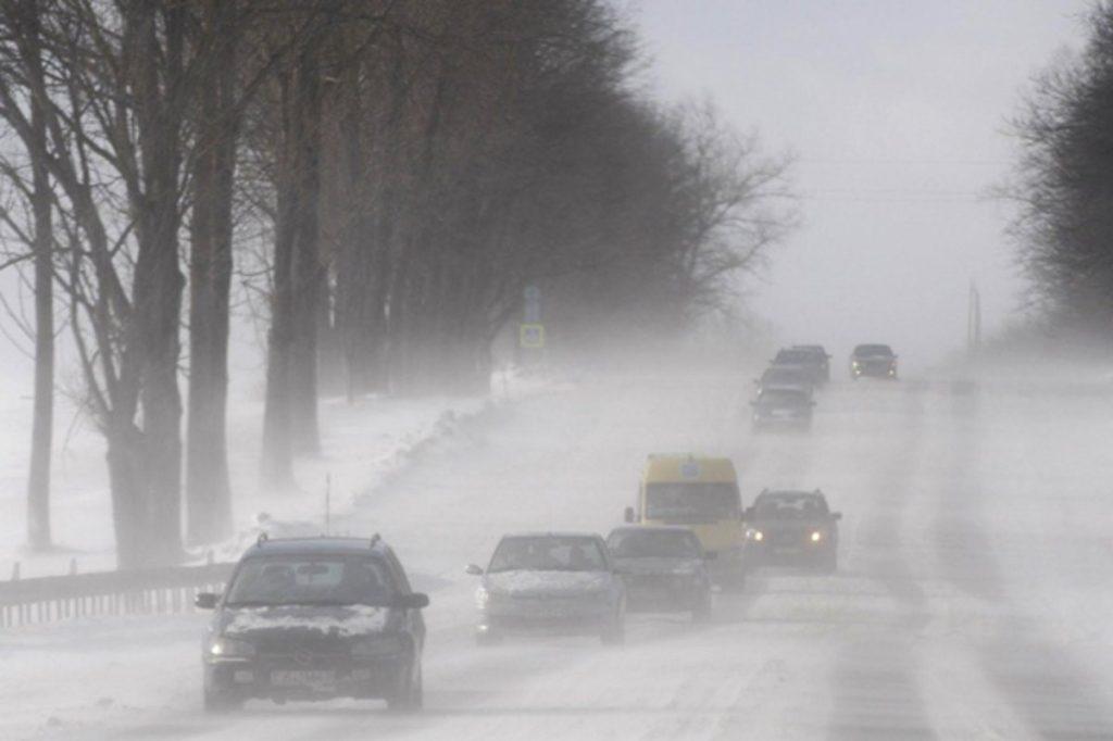 На Тверскую область надвигаются снег, гололед и туман