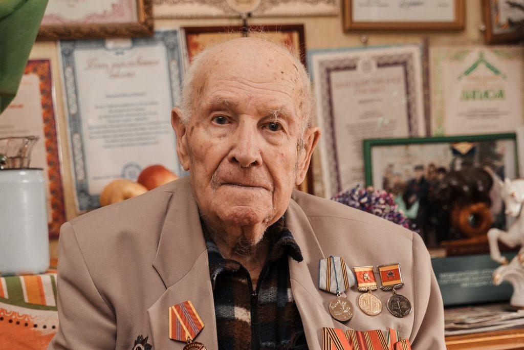 Участник Великой Отечественной войны Виктор Бобров отметил 100-летний юбилей