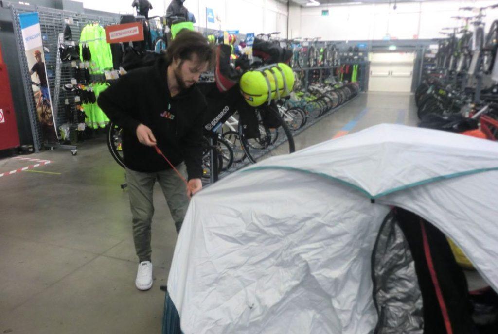 По льду Байкала… на велосипеде