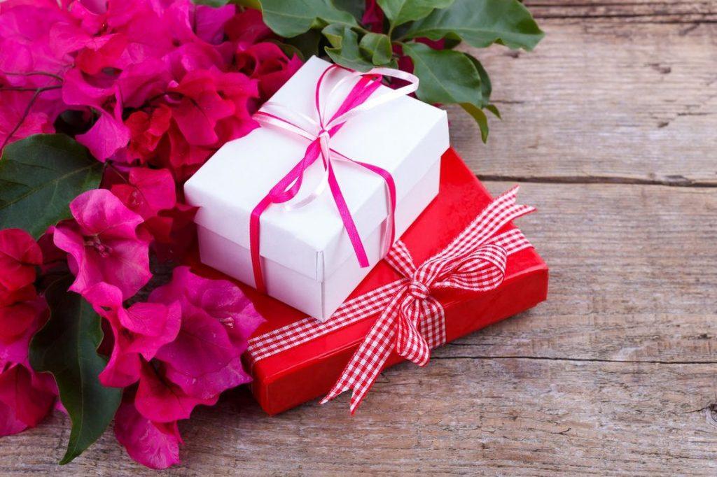 Выбираем подарки, чтобы порадовать своих женщин