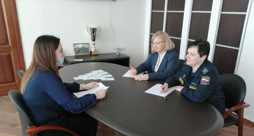 Главный судебный пристав Тверской области совместно с уполномоченным по правам ребёнка в Тверской области провели приём граждан
