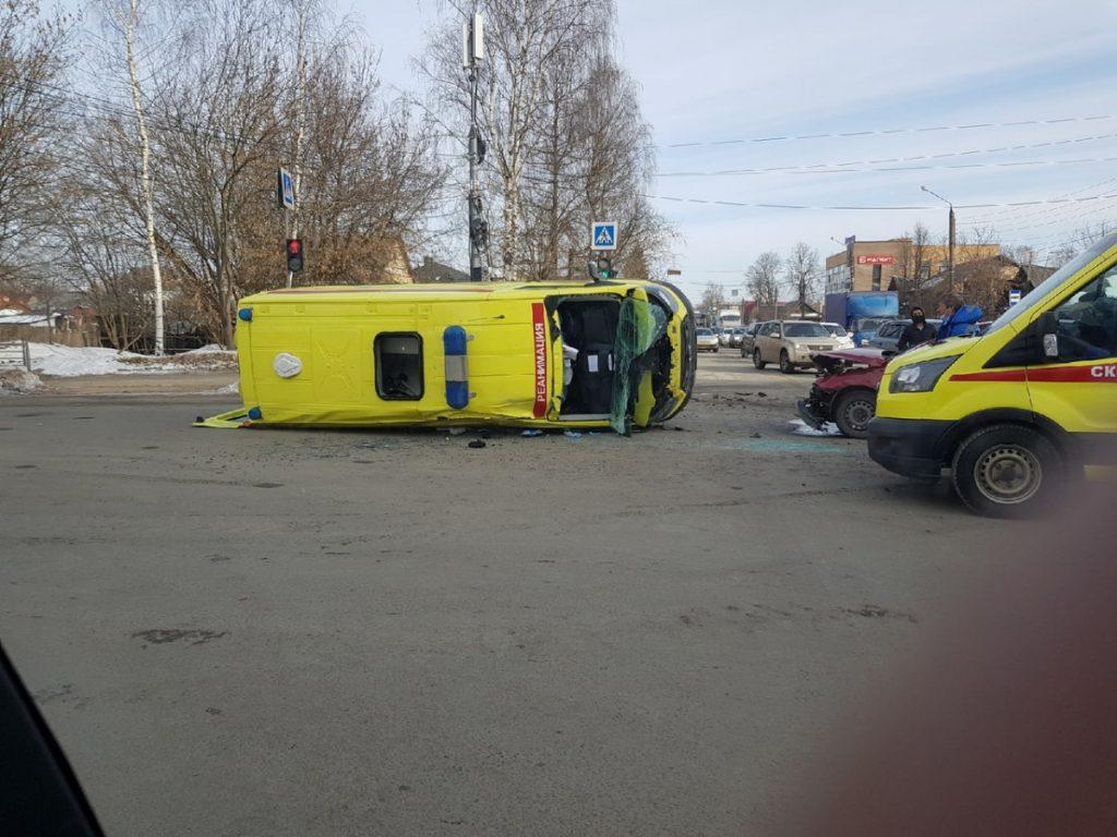 12 марта в Тверской области произошло восемь пожаров и три ДТП, в которых пострадали люди
