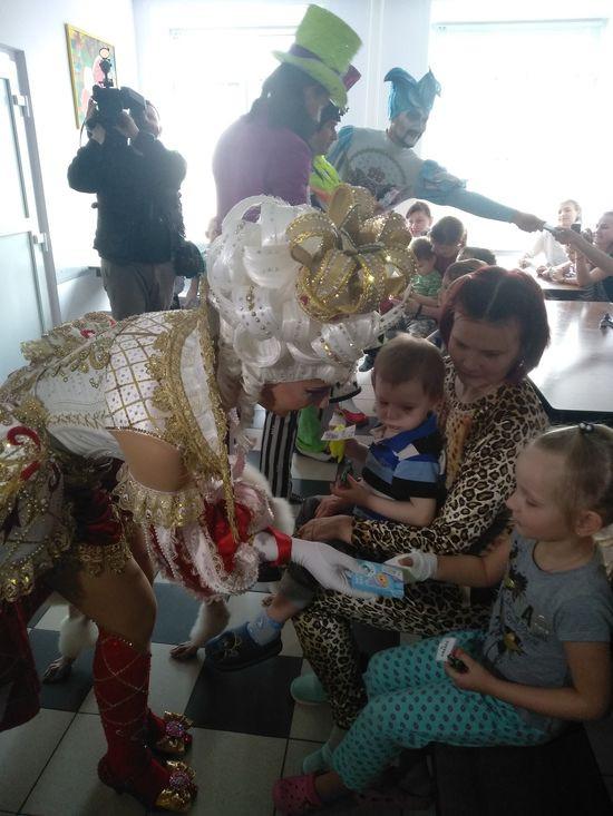 Тверской государственный цирк в преддверии всемирного дня цирка провел добрую акцию «Цирк без границ»