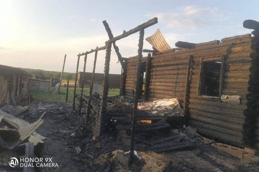 В Тверской области многодетная семья погорельцев нуждается в помощи